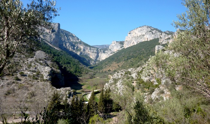 Balade autour de St Guilhem - Hérault, le Languedoc © Photothèque Hérault Tourisme - M. Sanz